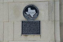 Van Zandt County Courthouse marker