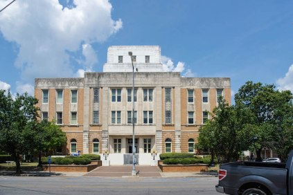 Lauderdale County Courthouse_