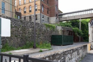 retaining-wall-from-rte-611_
