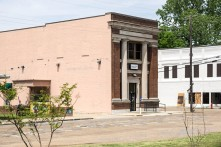Bank of Moorhead building