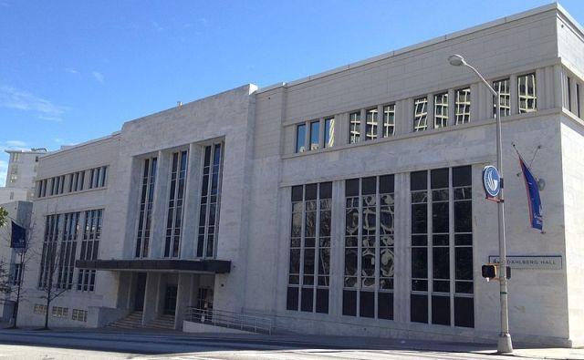 800px-GSU_Auditorium_Atlanta
