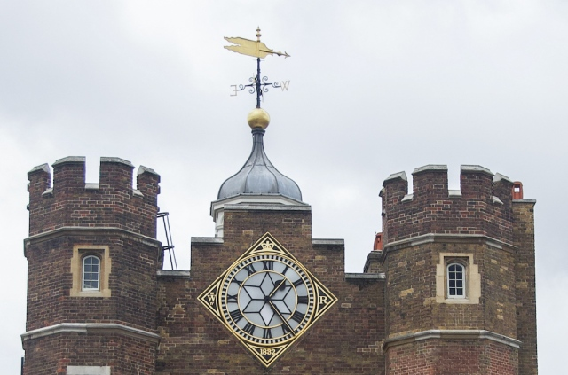 St James Palace clock