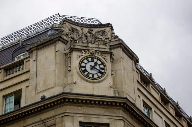 Trafalgar hotel clock